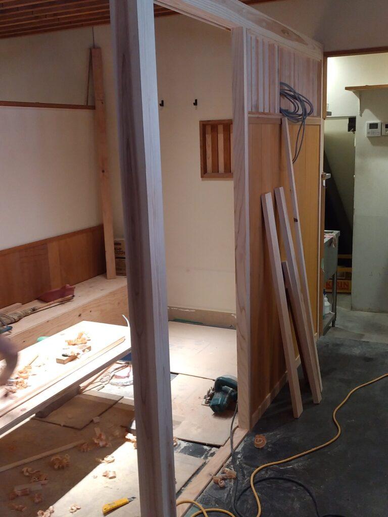 店舗改修工事施工中
