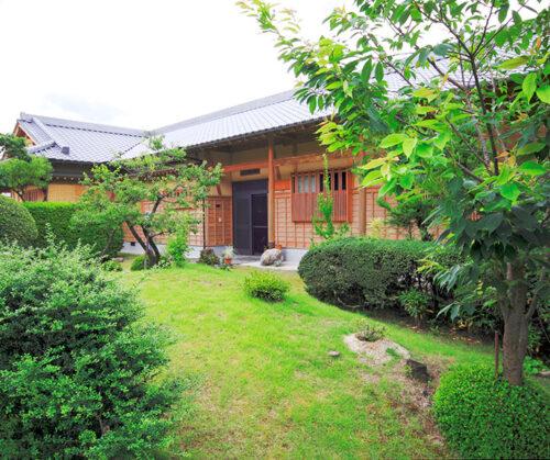 東温市 A様邸 平屋建数寄屋の家 ~日本庭園を活かした美しい和の住まい~